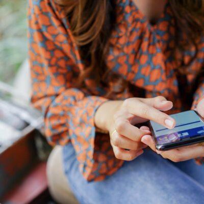 Kjøp og salg på Facebook – bindende eller ikke?
